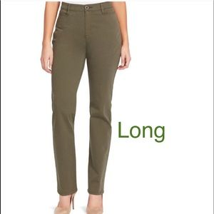 Plus Size GLORIA VANDERBILT Tapered Trouser Pants